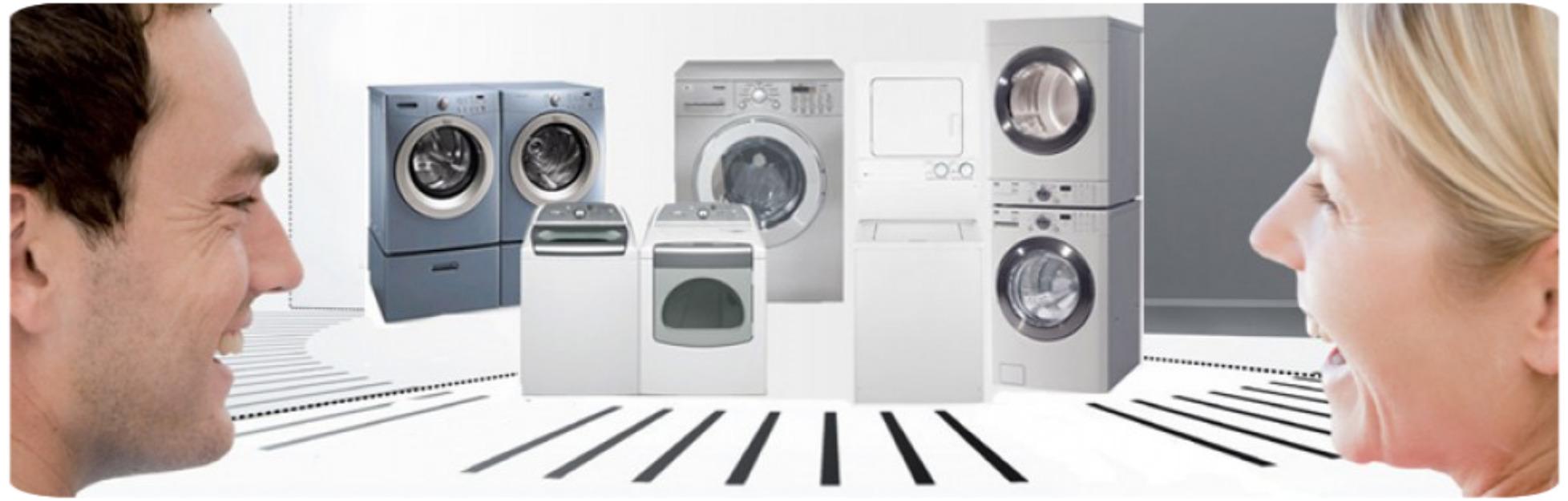 familie cu mașină de spălat automată